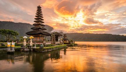 Pura Ulun Danu Bratan, Hindu temple on Bratan lake landscape, one of the famous tourist attraction in Bali, Indonesia