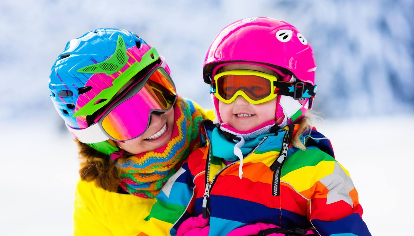 Top 5 family ski holiday destinations - shu-Skiing-Family-714517051-FamVeld-1440x823
