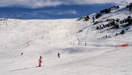Skiing in Soldeu's ski resort, Andorra