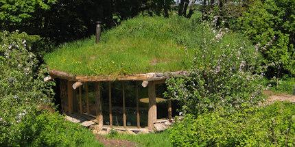 Hobbit House - a hut with a living roof