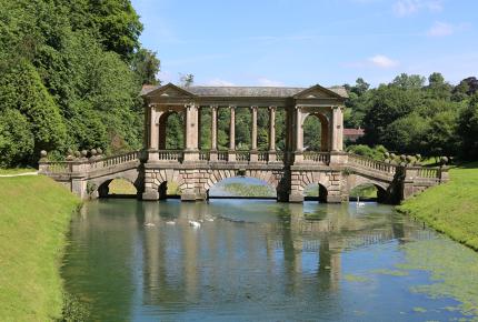 Bath's Bridge of Affection