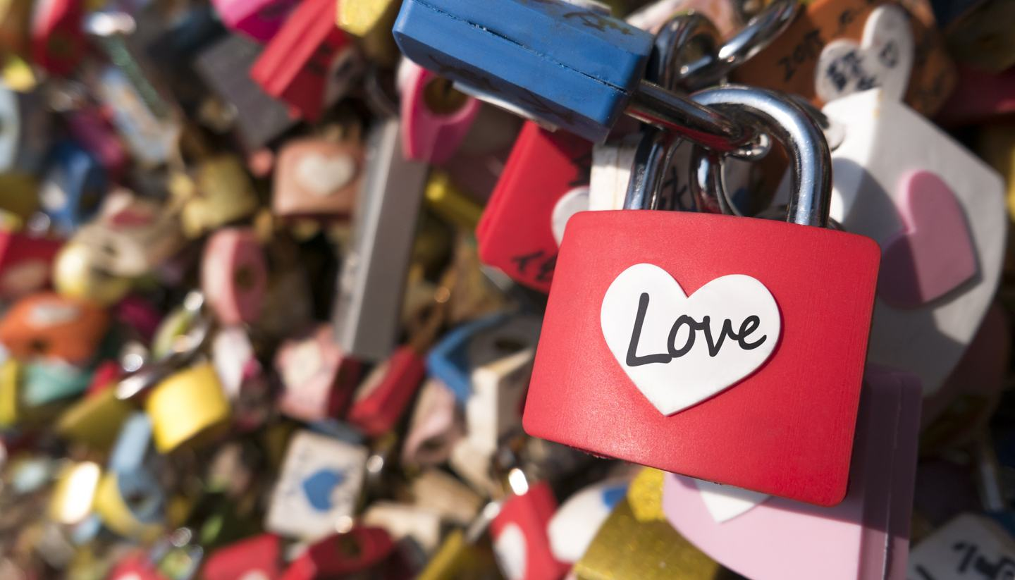Love: a year-round affair - Love locks