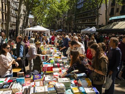 Las Ramblas is packed with book sellers on Sant Jordi's day
