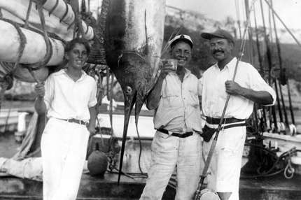 Joe Russell and Ernest Hemingway with a marlin, Havana Harbor