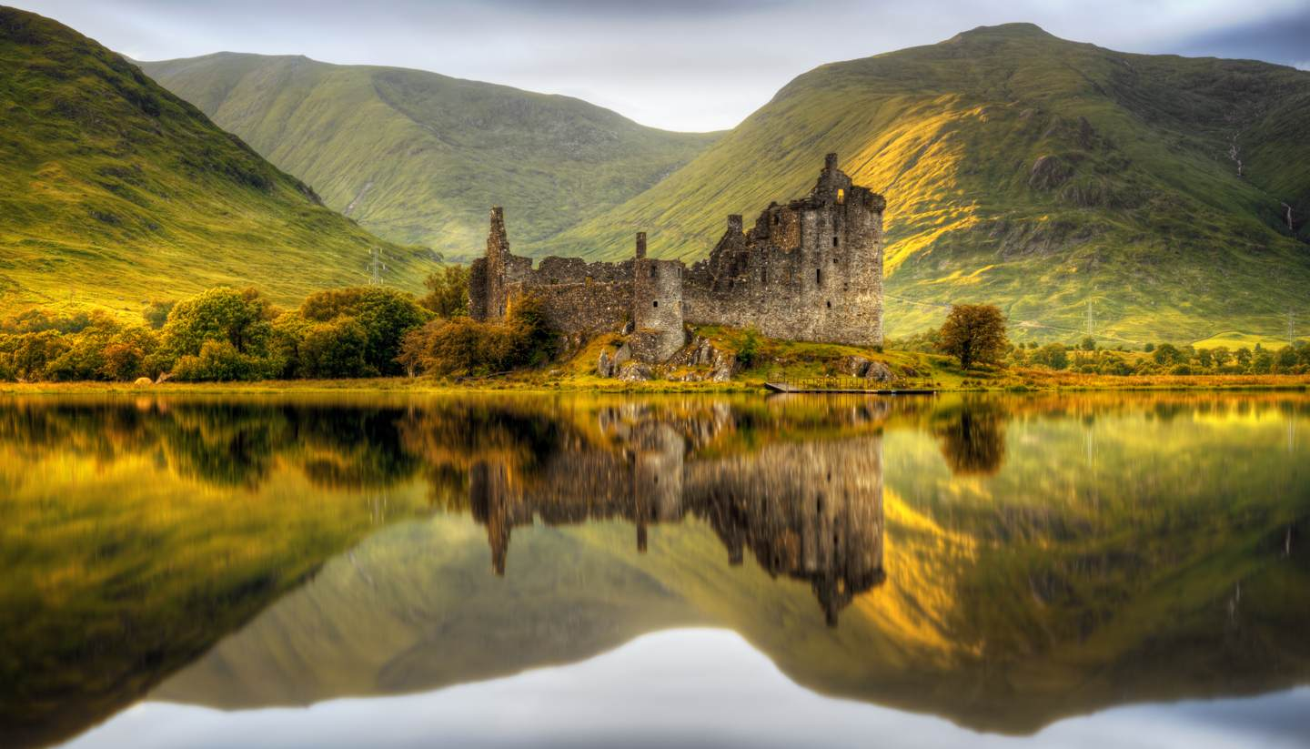 Scotland - Kilchurn Castle, Loch Awe, Scotland