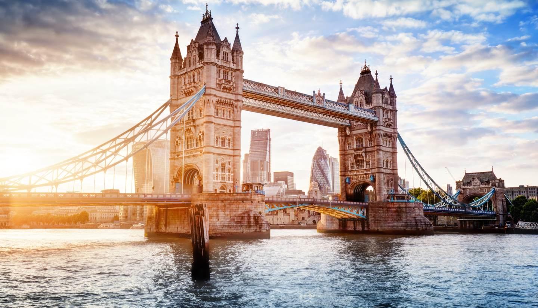 City Guides - Tower Bridge, London, England, United Kingdom