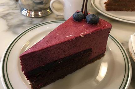 Conditori La Glace's Blåbær genskær is so delicious