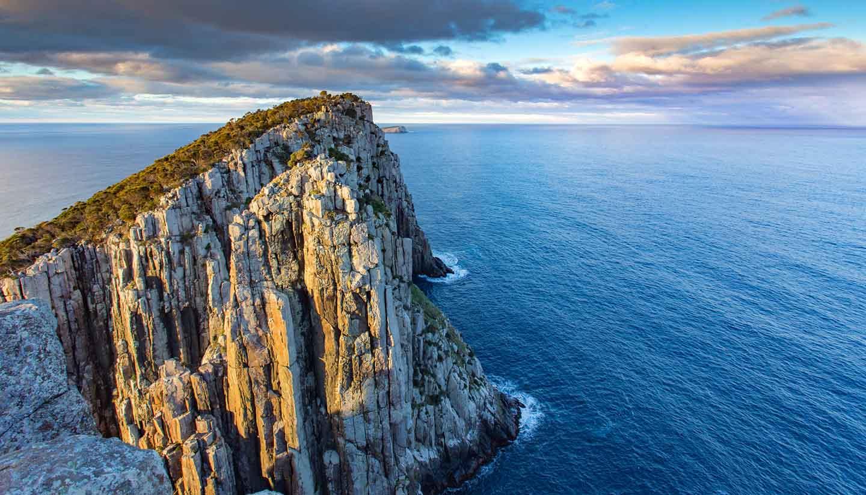 Think Australia Tasmania CapeHauy 507309192 PhilKitt copy
