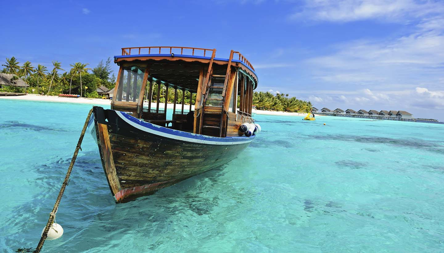 How to go to the Maldives