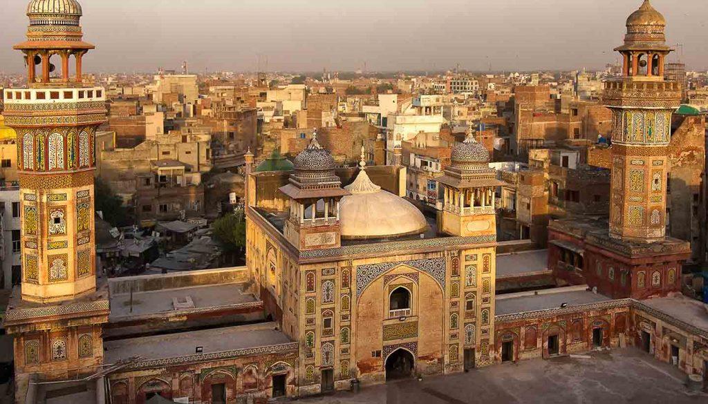 Pakistan - Wazir Khan mosque, Lahore, Pakistan