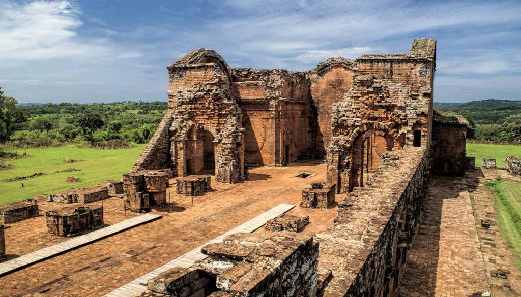 Paraguay - Encarnacion and jesuit ruins in Paraguay
