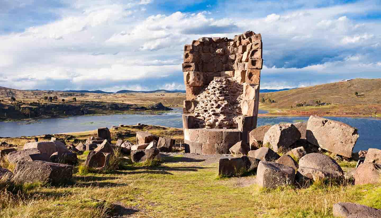 Peru - Sillustani, Umayo Lake Peru