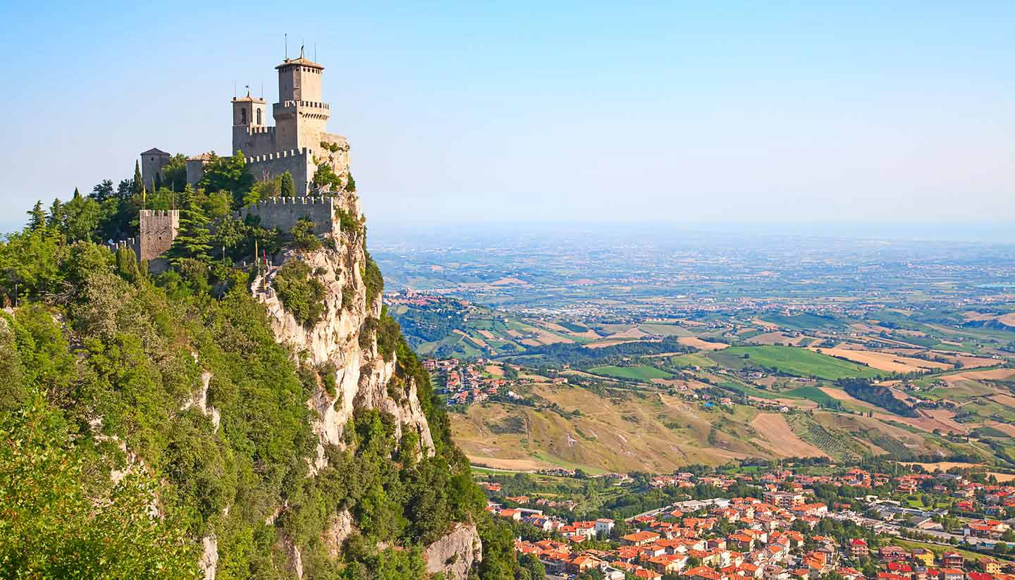 San marino travel guide and travel information world for Flights to san marino italy
