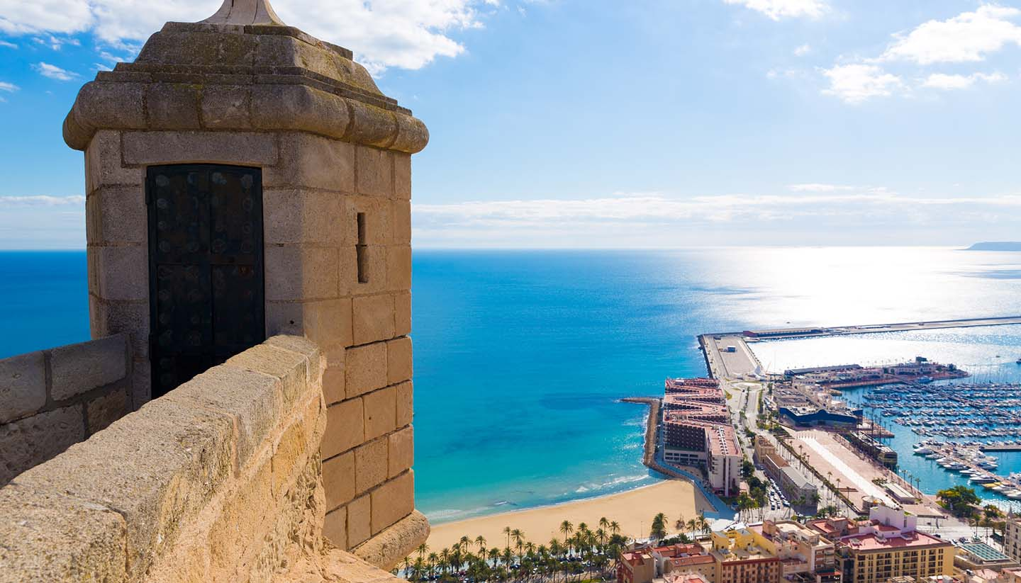 getting around alicante world travel guide