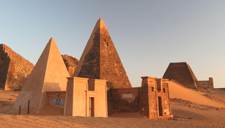 Sudan - Famous Meroe pyramids, Sudan