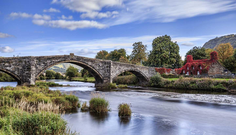 Wales - Pont Fawr-Wales, UK