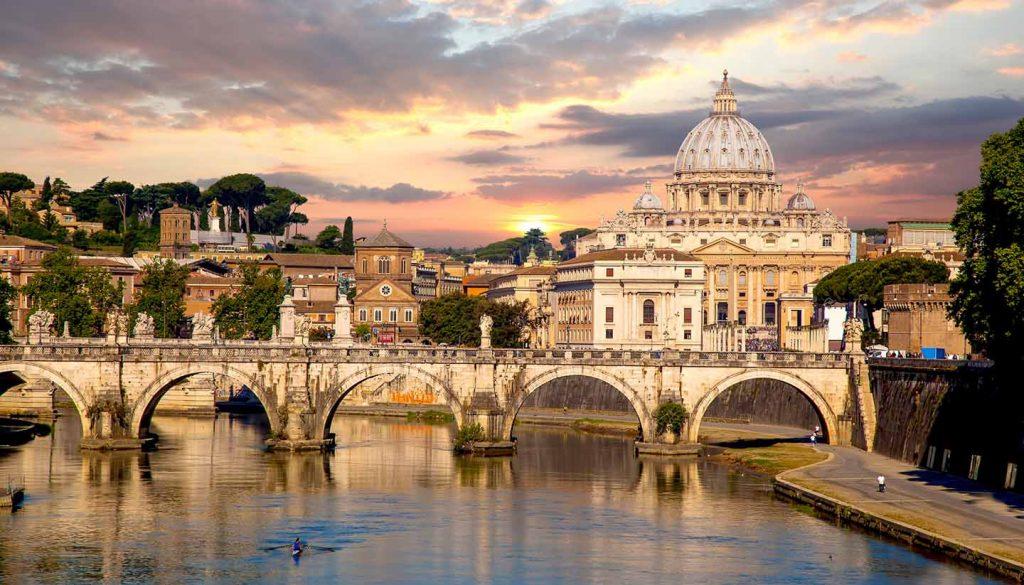 Vatican City - Basilica di San Pietro in Vatican City, Italy