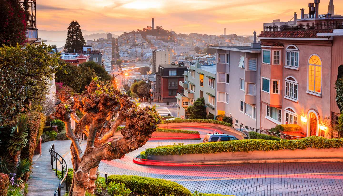 Where to go on holiday in February 2020 - Lombard Street, San Francisco
