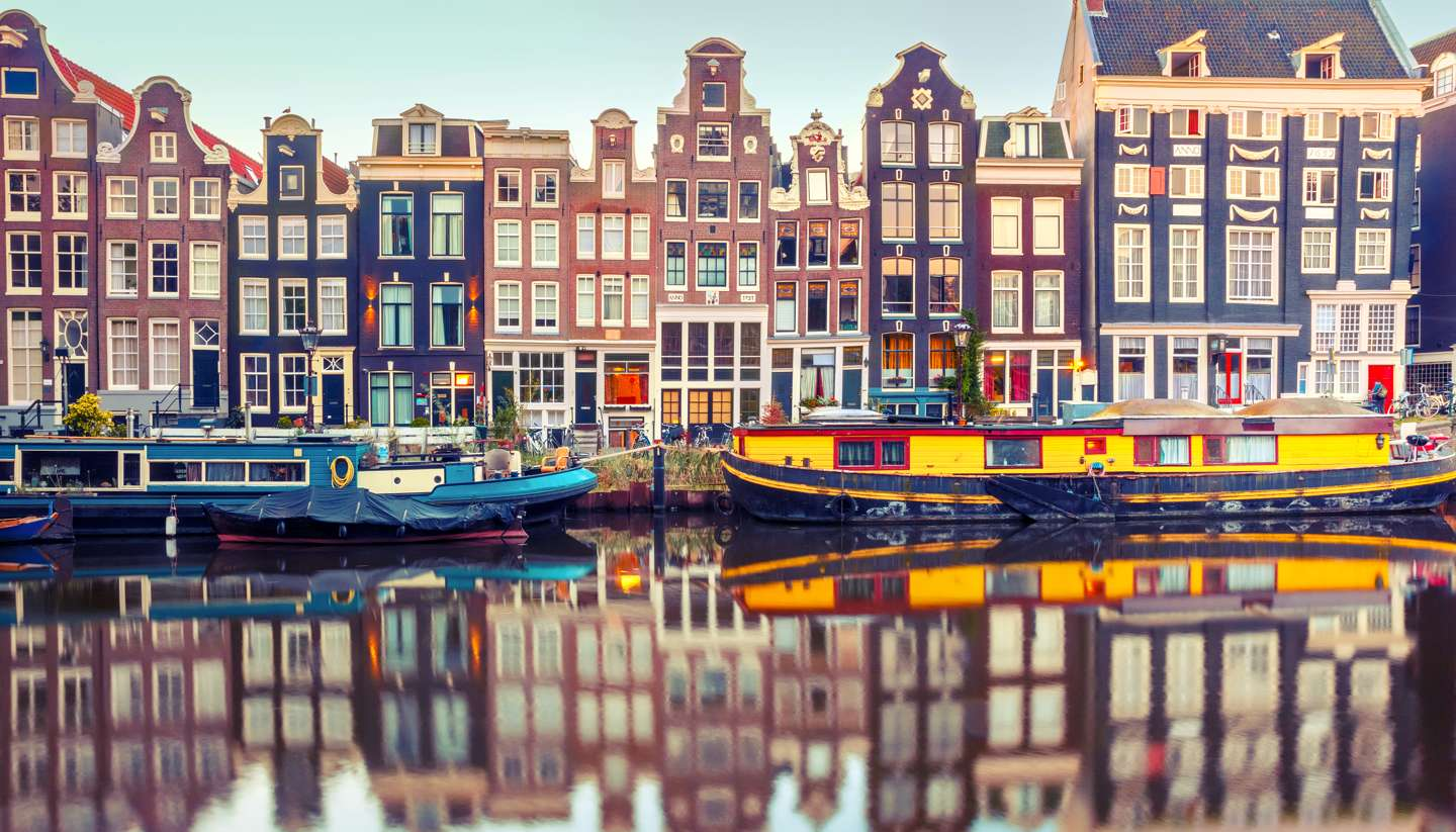 City Highlight: Amsterdam - Canal Singel in Amsterdam