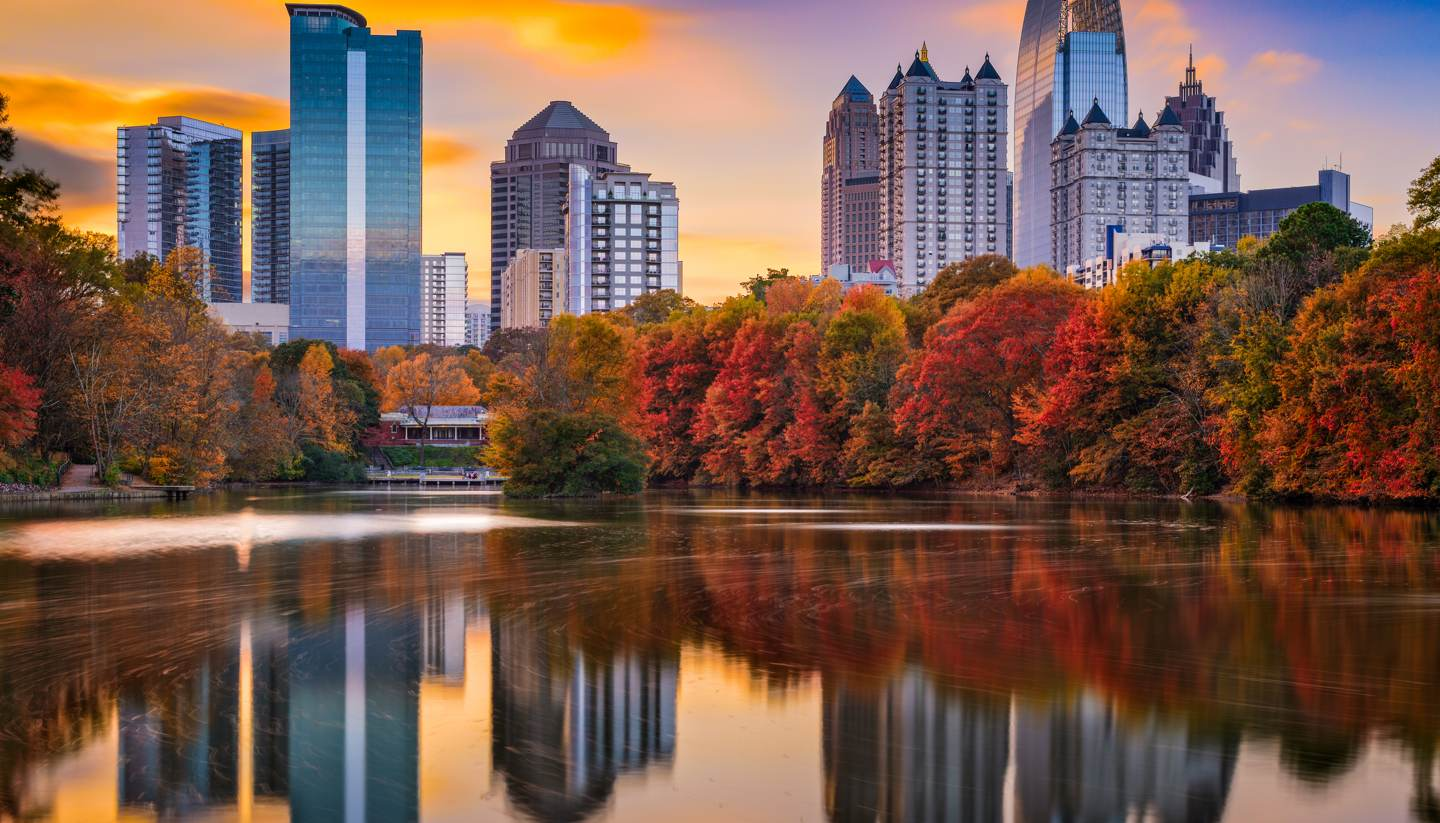 Top 5 places to see autumn foliage in North America - Piedmont Park in Atlanta, Georgia