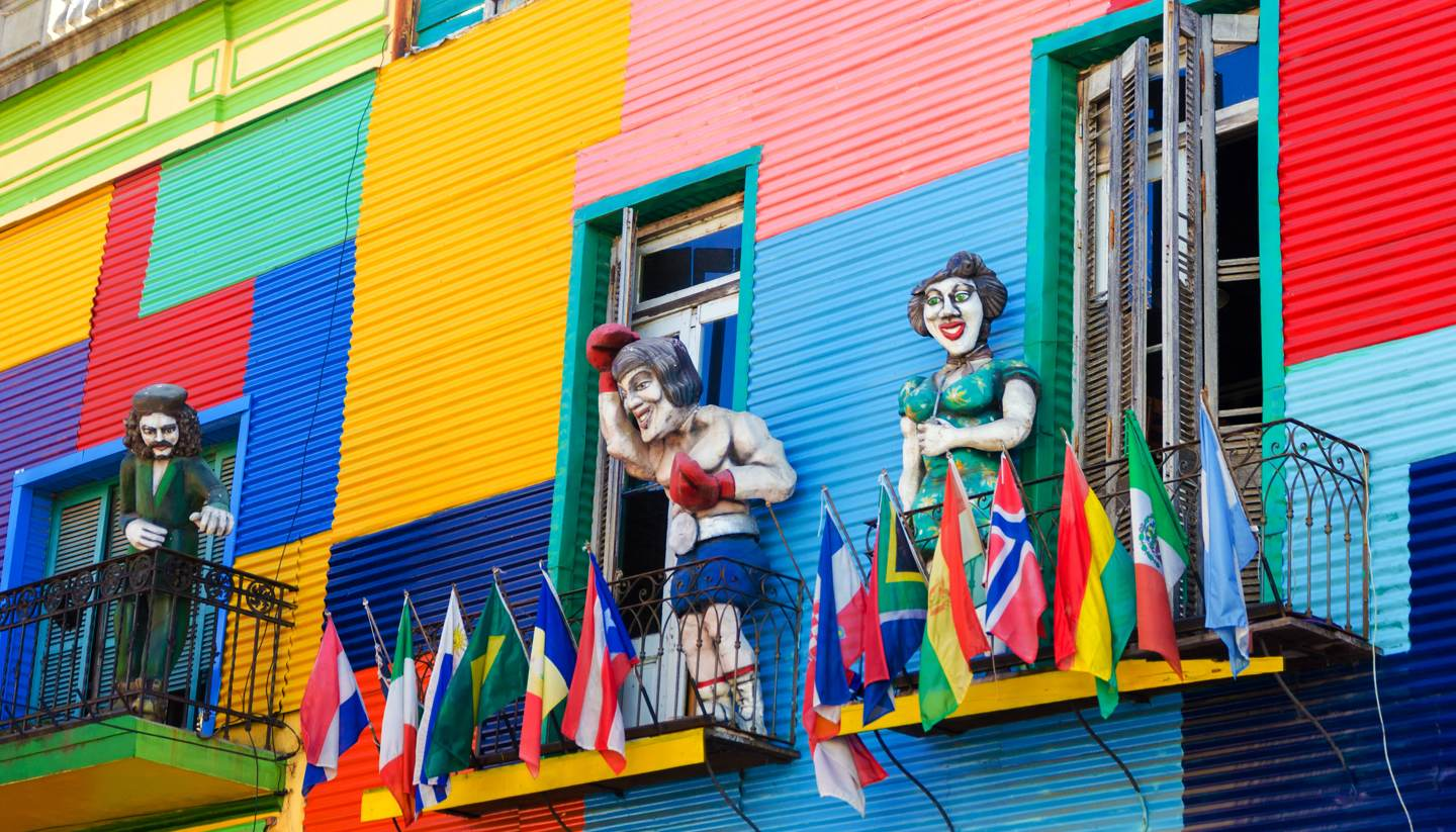 City Highlight: Buenos Aires - Colourful buildings in La Boca
