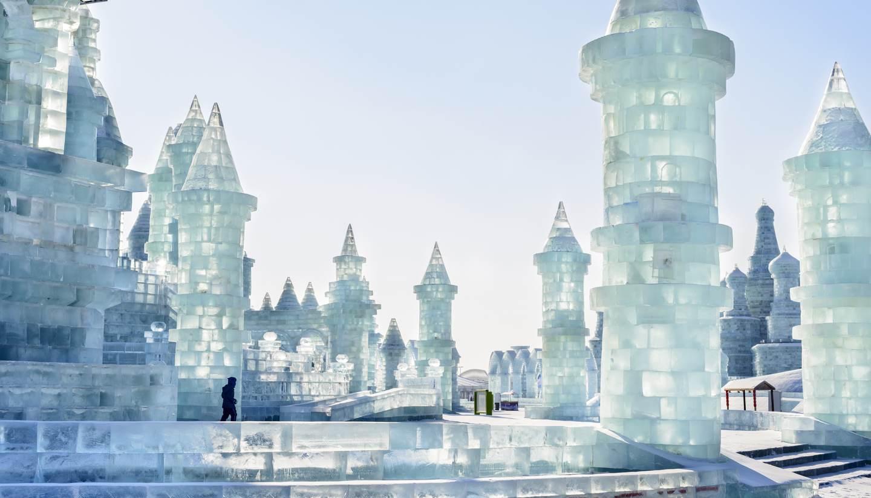 Harbin ice and snow sculpture festival world travel guide - Saint de glace 2018 ...