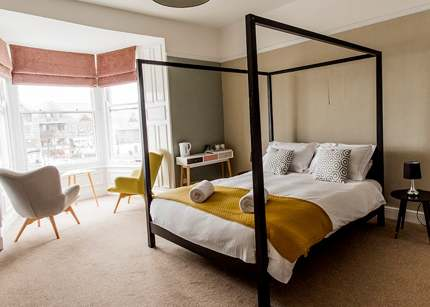 Spacious rooms at the Cutty Sark, Falmouth