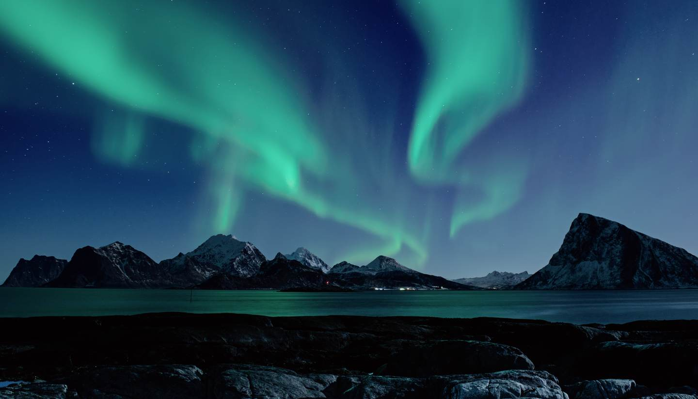 Top 5 places to enjoy celestial spectacles - Lofoten Islands-Northern Lights