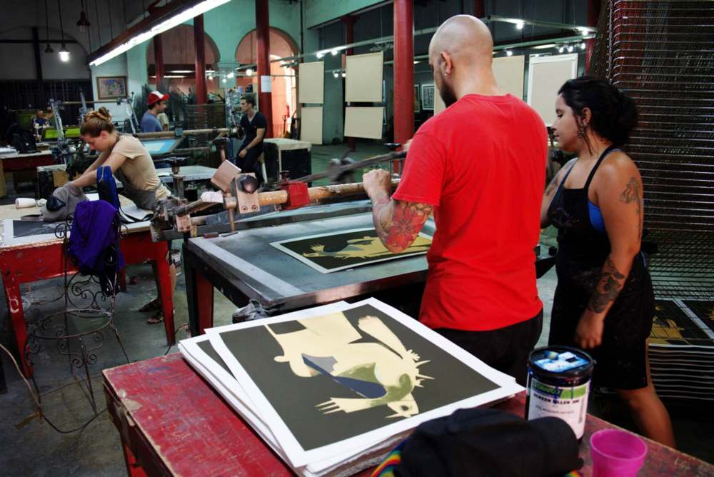 The silkscreen workshop of Rene Portocarrero