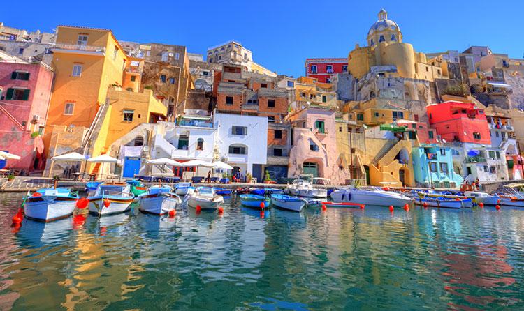 Naples pier front