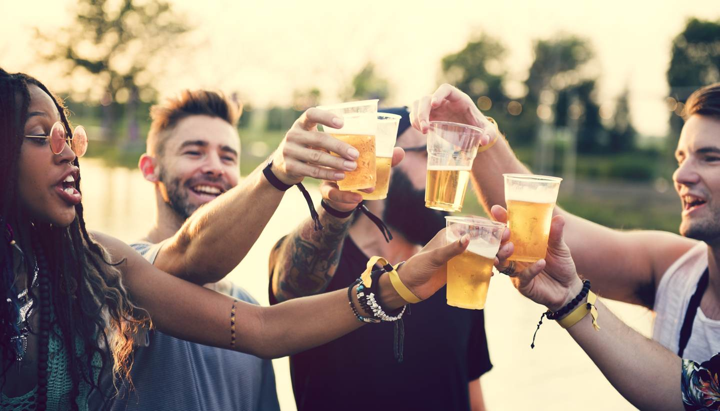 Top 5 craziest beer festivals in the world - Friends having fun drinking beer