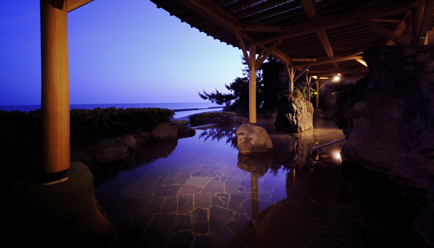 Murakami: Seaside town with a difference - Senami Onsen