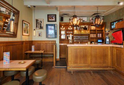 Tweede Kamer Coffeeshop, Amsterdam