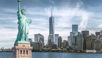 shu-New-York-Statue-of-Liberty-676088749
