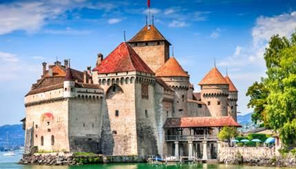 shu-Switzerland-Chillon-Castle-located-on-Lake-Geneva-594810899-430x246