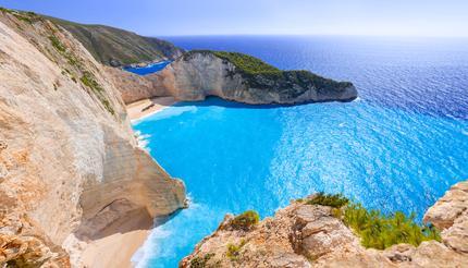shu-Greece-Zakynthos-Island-Navagio-Beach-310952528-430x246