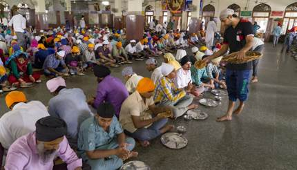 Golden Temple Harmandir Sahib Pilgrims being served food