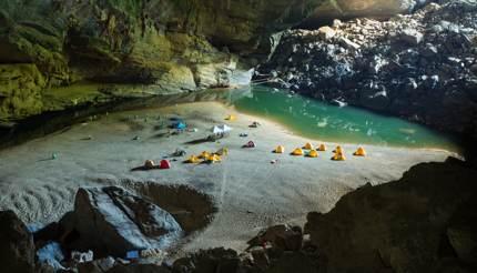 Hang Én cave, Vietnam