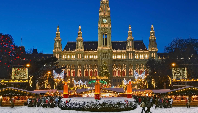 Vienna in December - Vienna Christmas market