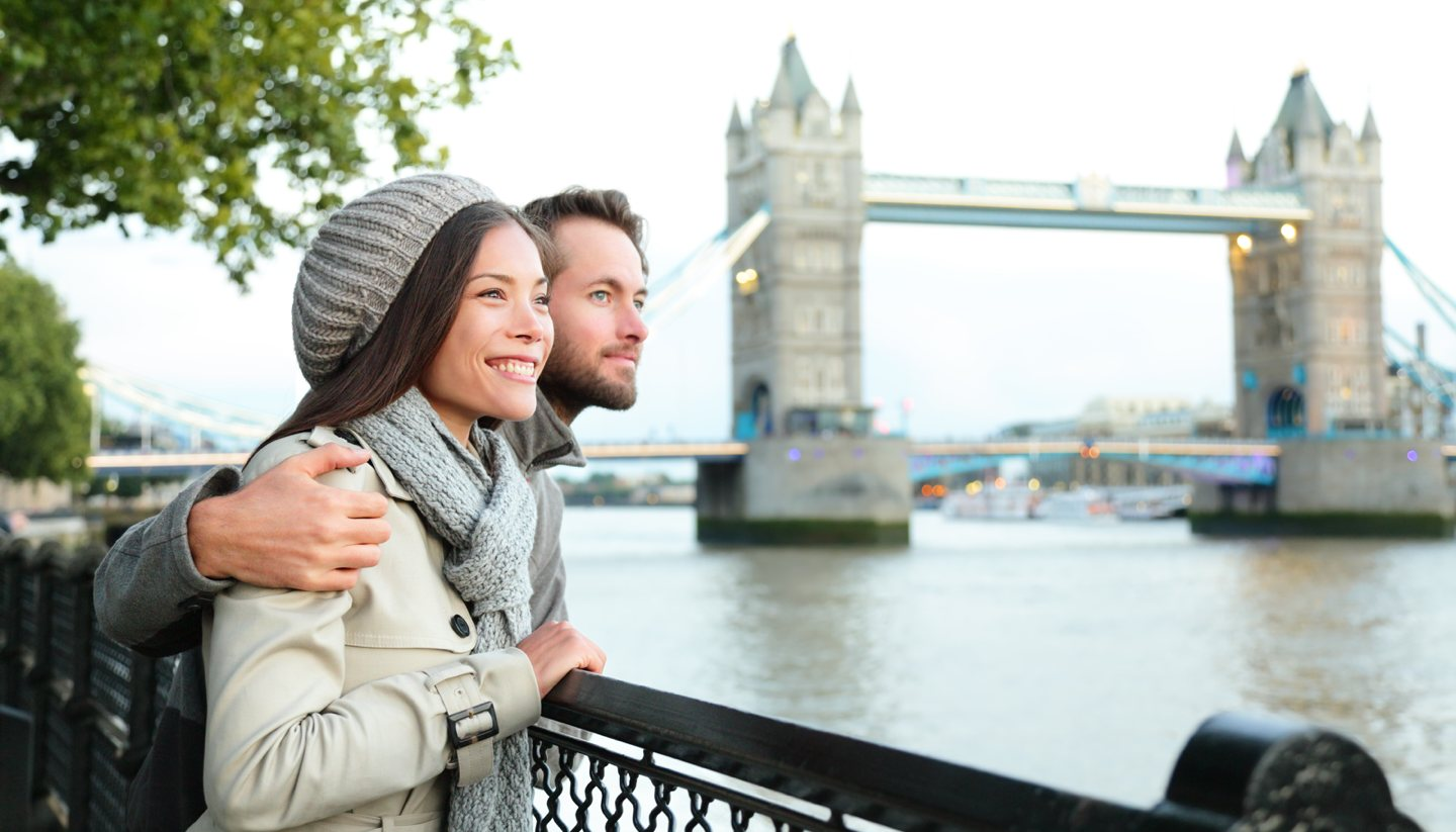 The 10 most romantic spots to kiss in England - Tower Bridge, London