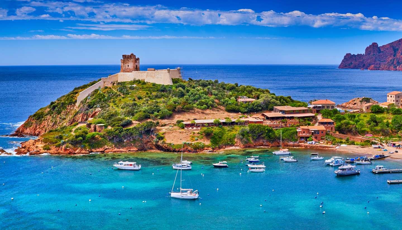 Corsica travel guide - Girolata Bay, Corsica