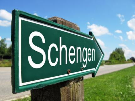 A Schengen road sign